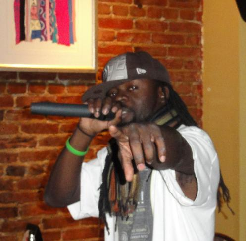 Black Sun On The Mic